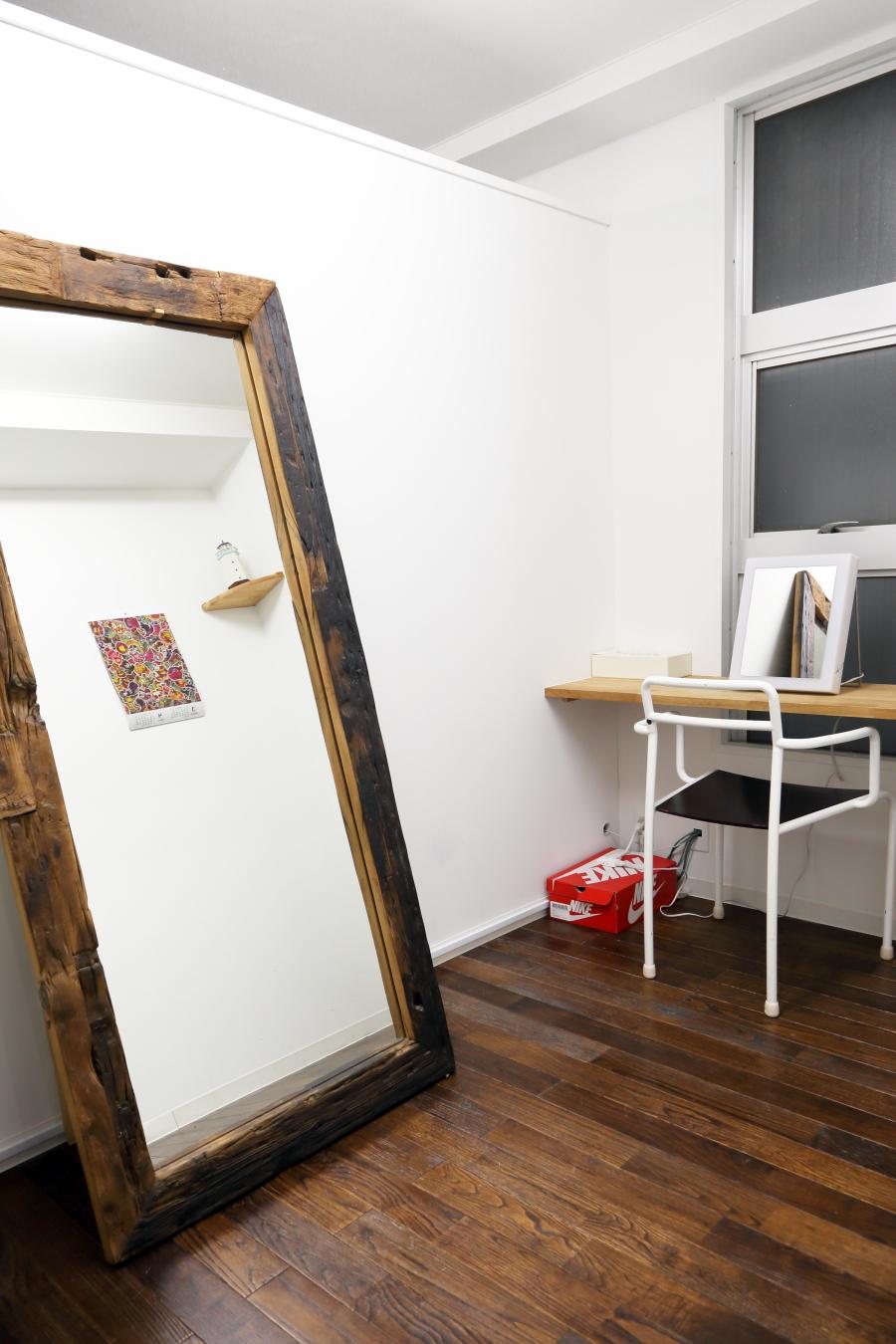 完全個室のヘアメイクルームをご利用いただけます。 - 撮影スタジオ、フリースペースシー 撮影スタジオ、フリースペースの室内の写真