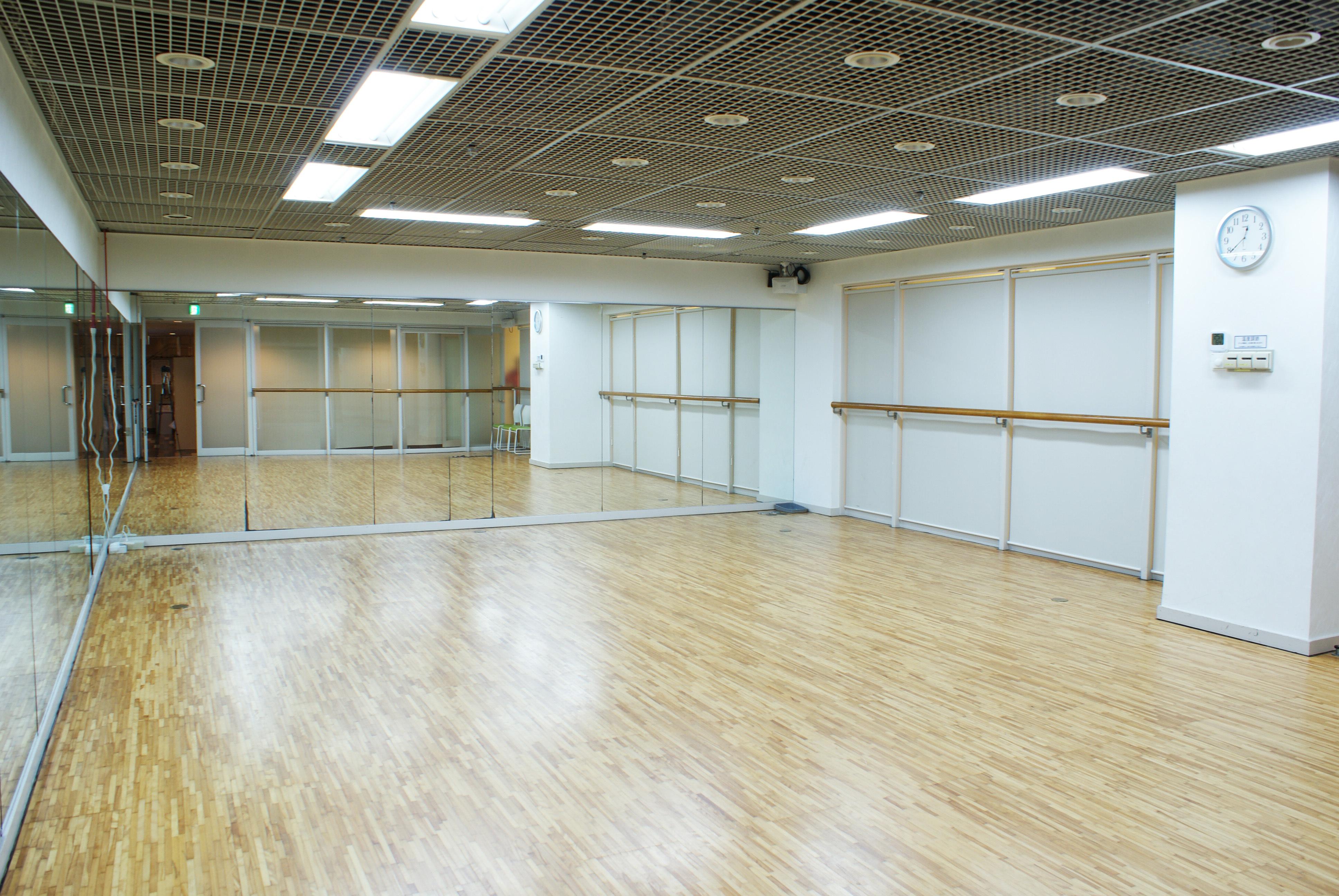 ファースト・プレイス東京 第3スタジオの室内の写真