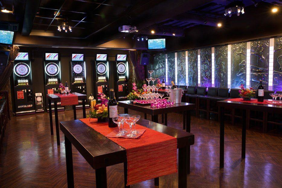 バーリズム 貸切パーティー&ダーツ・カフェの室内の写真