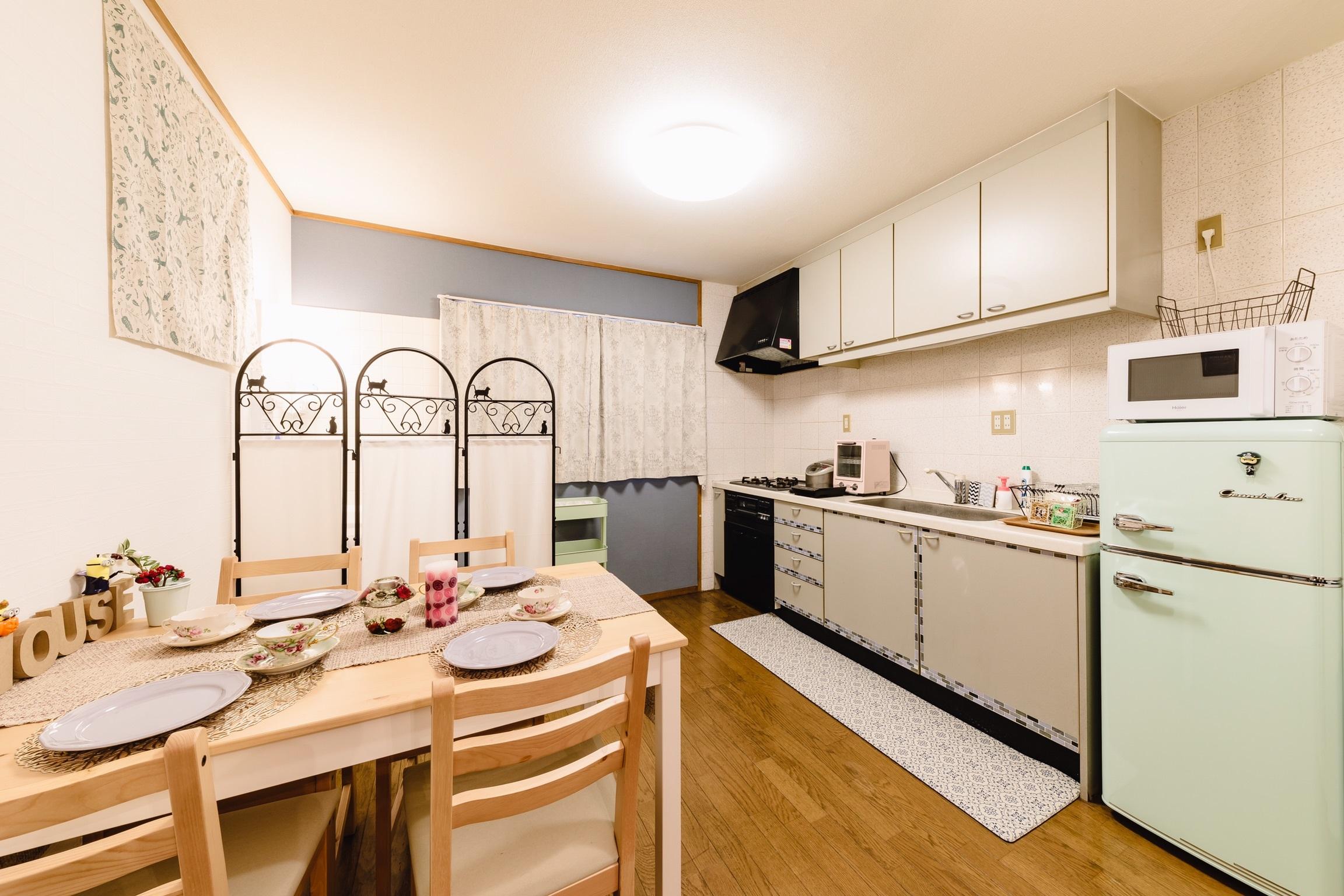 GBL HOUSE OSAKA 駐車場付きおしゃれな戸建て貸切の室内の写真