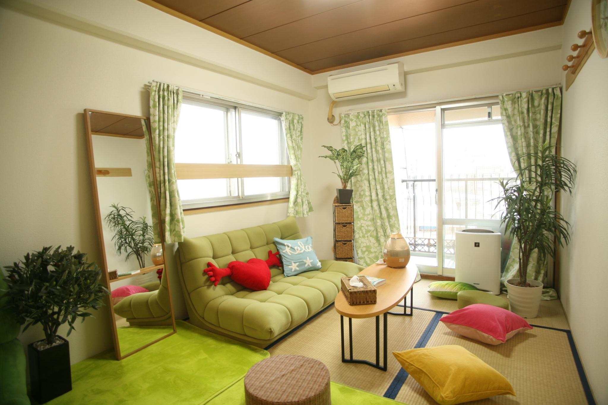 明るい和室でのんびりお過ごしください - ご縁カフェ金山レンタルルーム 洋室と和室★2部屋でゆったり空間の室内の写真