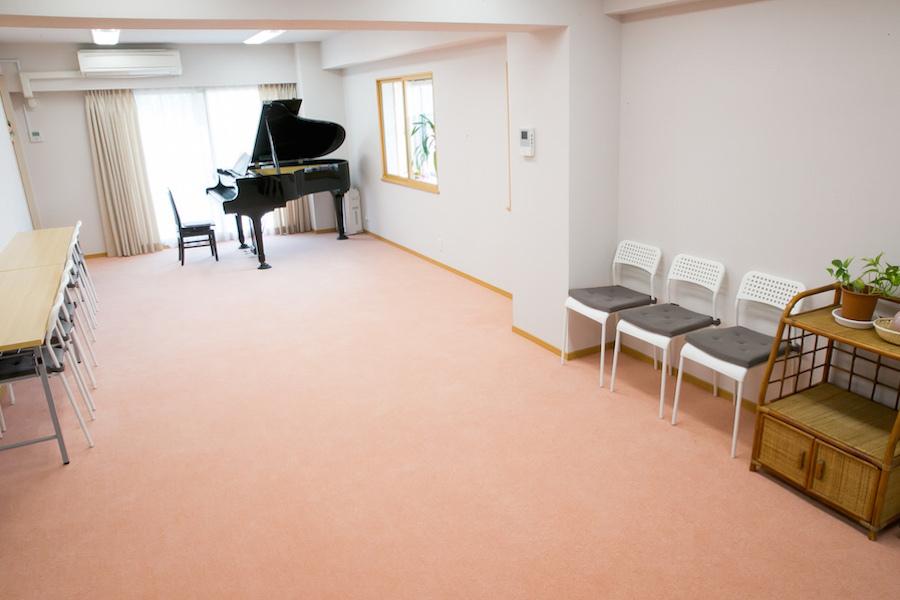 チェレステ・スタジオ松濤 大人数プラン(16人から50人)の室内の写真