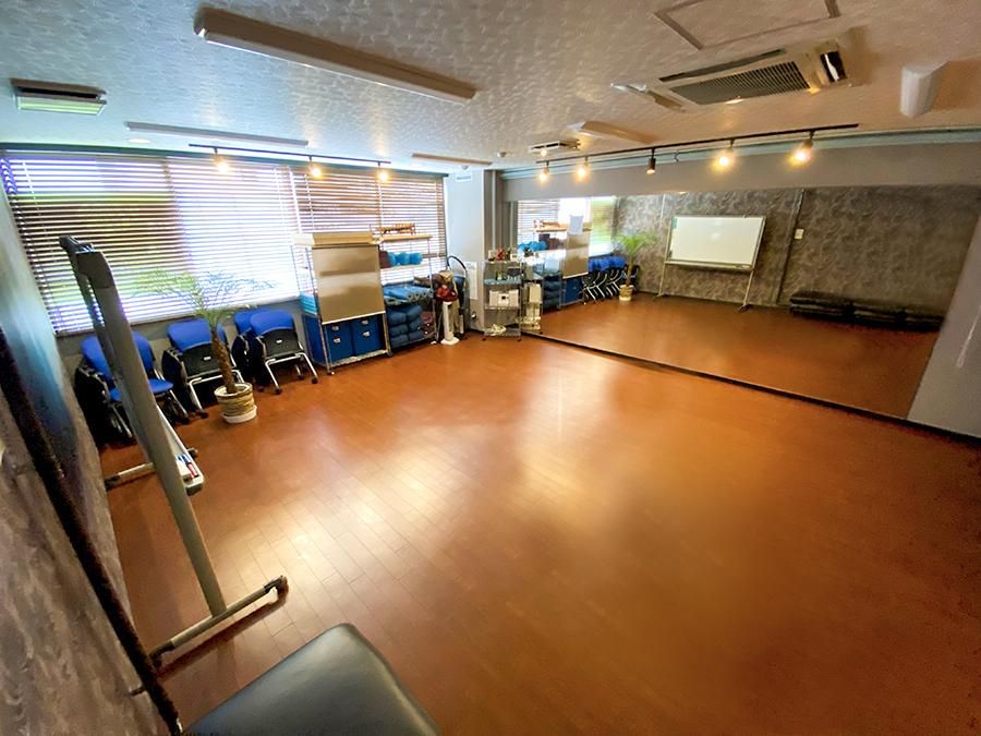 スタジオ全体(入口から) - Studio KEOLA レンタルスタジオの室内の写真