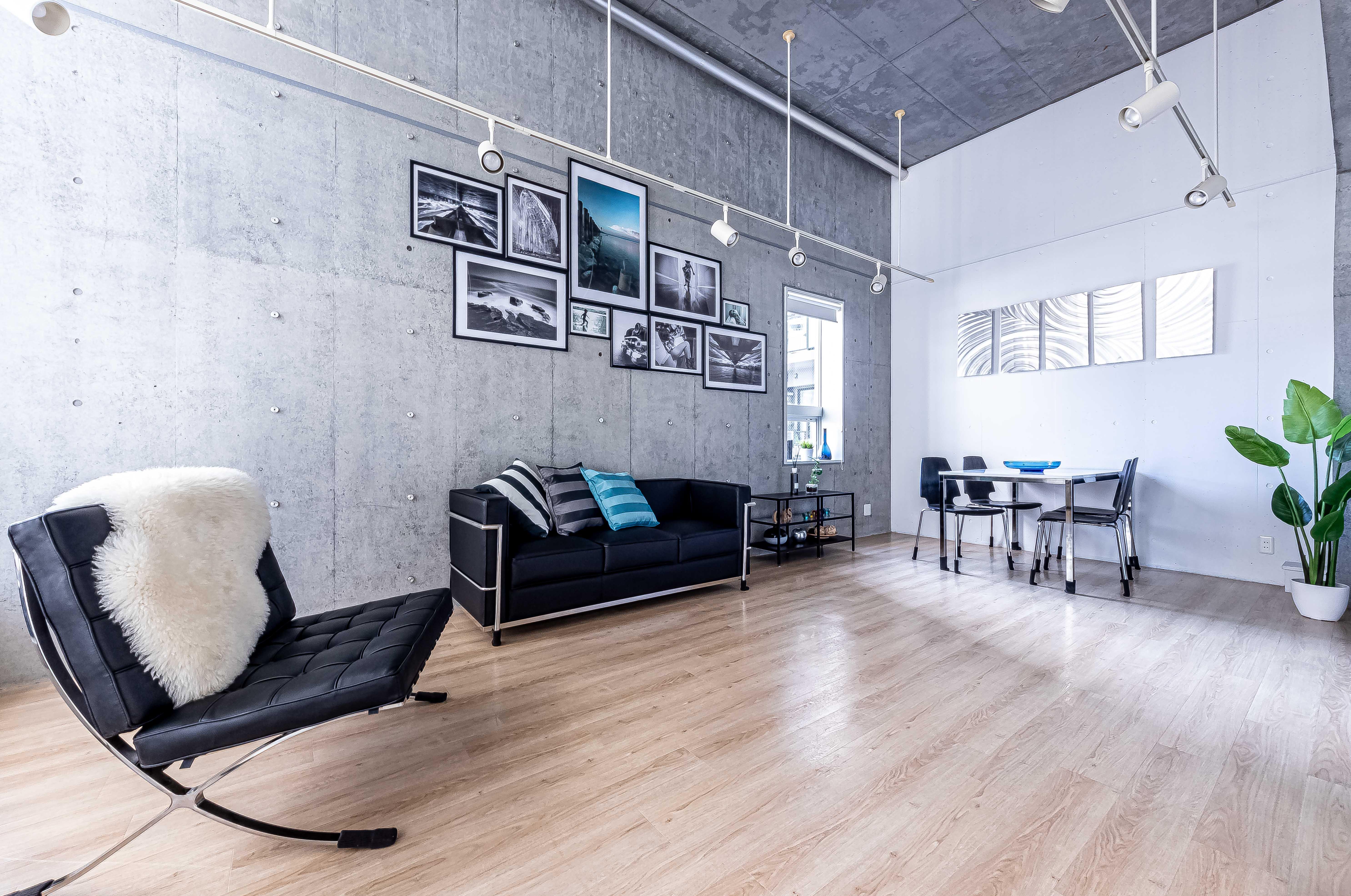 A1.  撮影スタジオの室内の写真