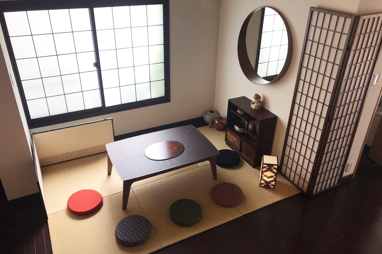 1Fのリビングルーム(1) - pink building レンタルスペースの室内の写真