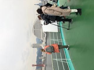 視界を遮るようなものがなく、オープンなスペースです。 - 神戸ベイクルーズ 船の貸切スタジオの室内の写真