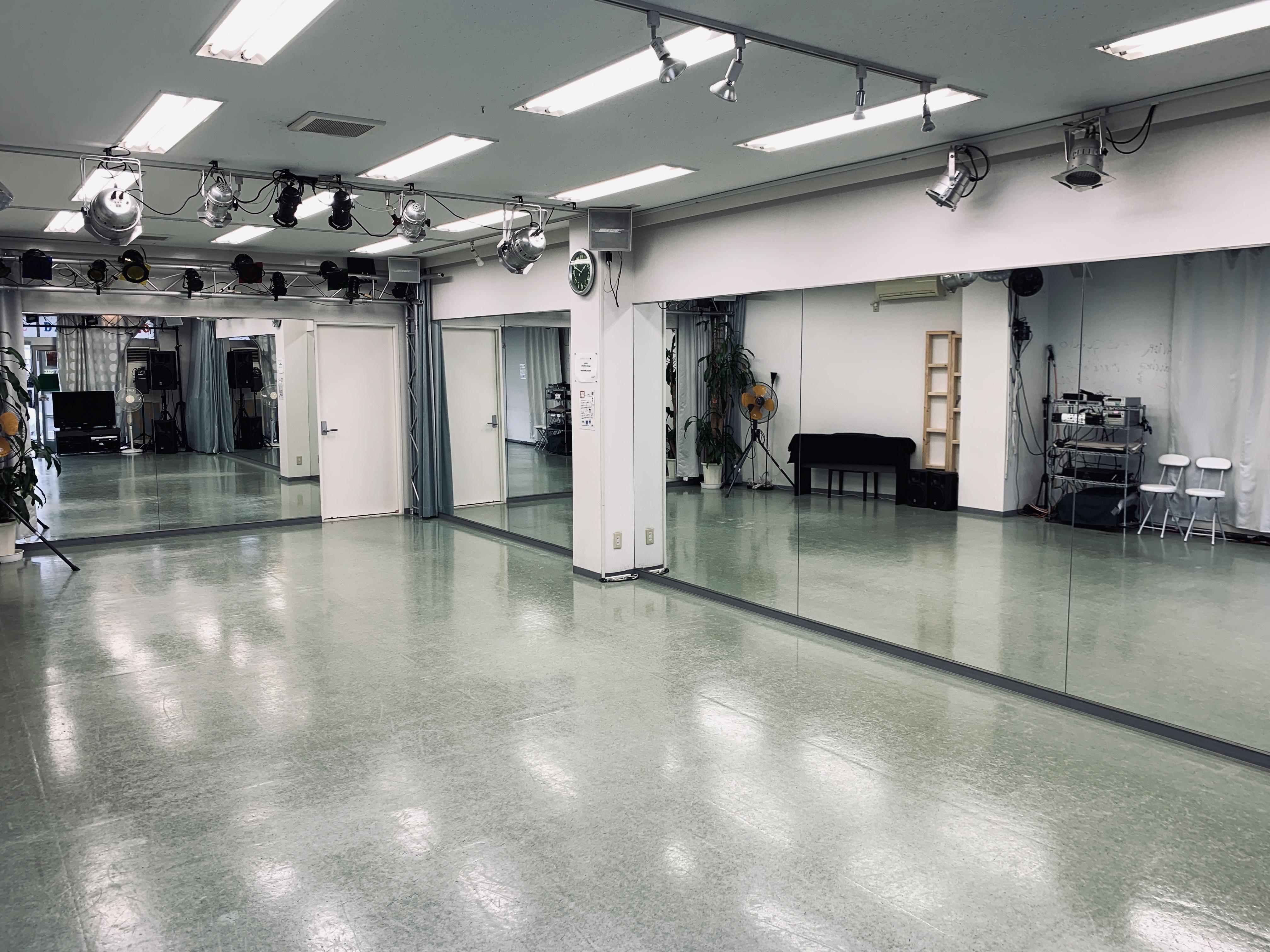 スタジオM  第2 京成稲毛駅前 ダンスレンタルスタジオAルームの室内の写真