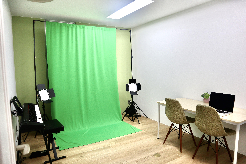 サクラサク スタジオの室内の写真