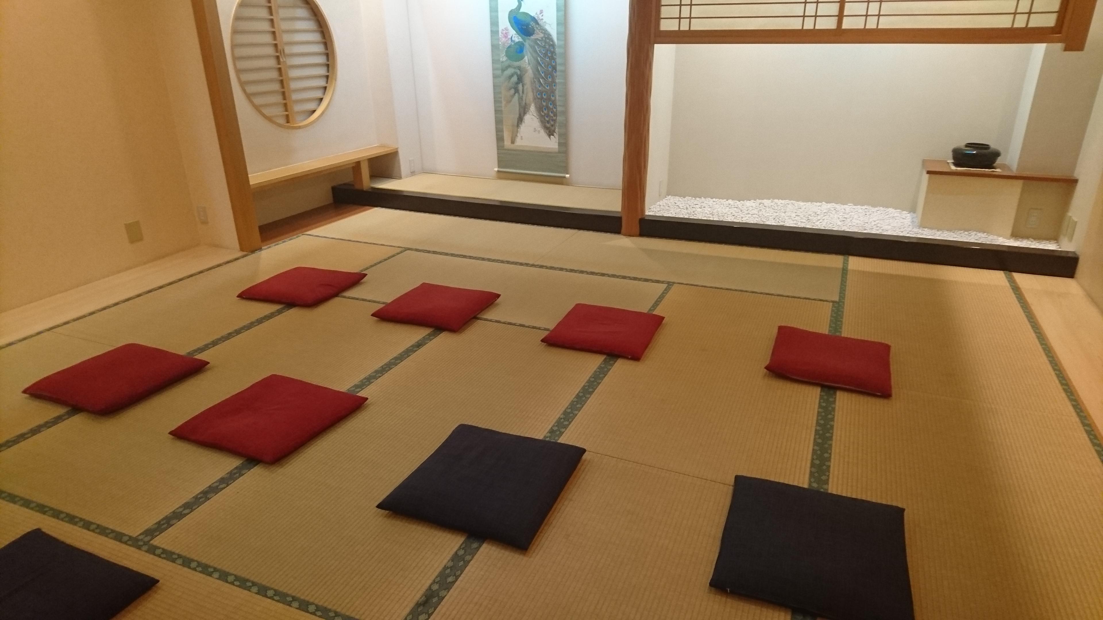 おもてなし茶屋 咲扇 店舗内  和室ワンフロアの室内の写真