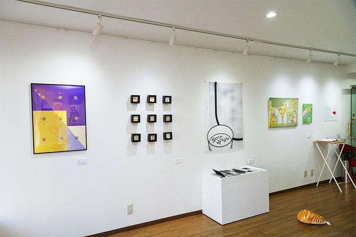 これまでも、幅広く、様々なイベントが開催されています。 - レンタルスペース「工房33」 ギャラリー&レンタルスペースの室内の写真