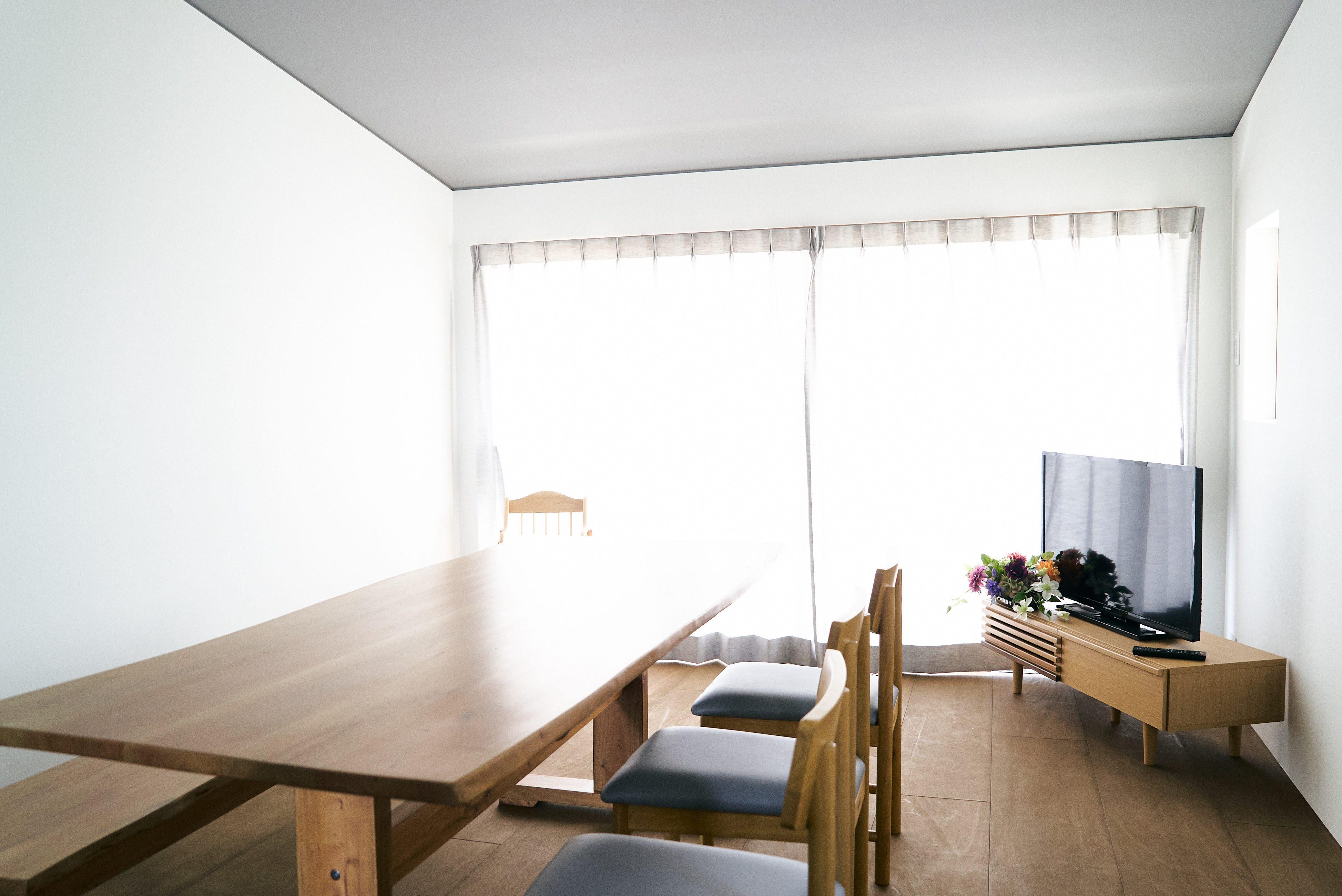 Tengu旅音 リビングの室内の写真