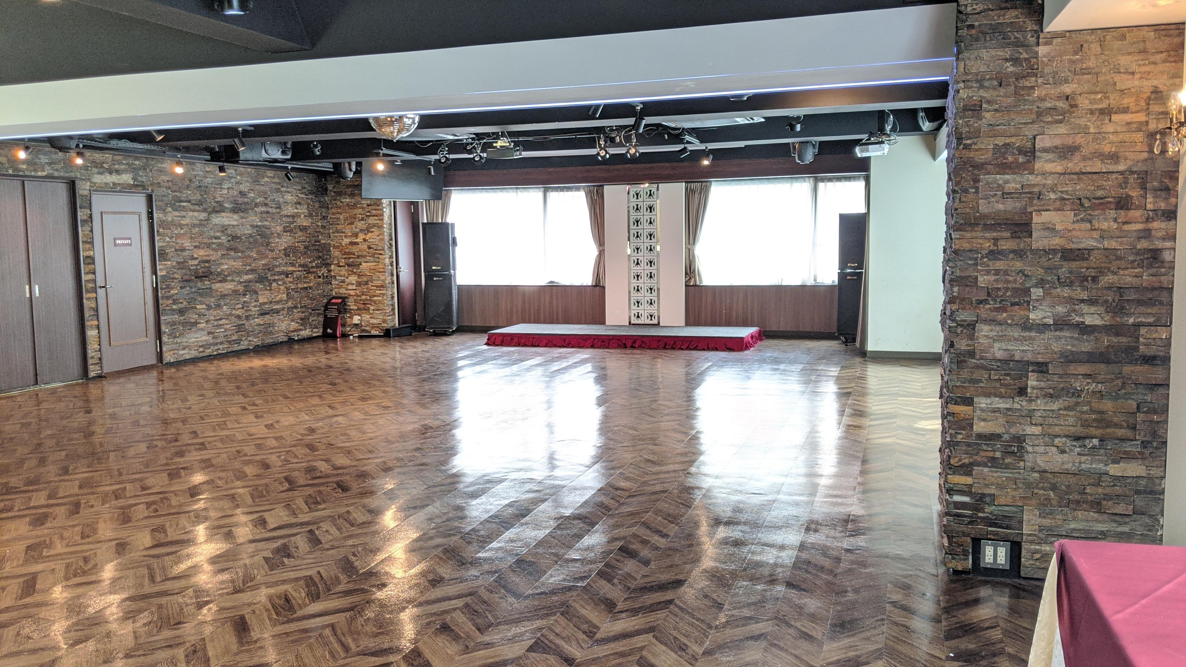 パセラリゾーツ新宿本店 ガムランボール新宿本店の室内の写真
