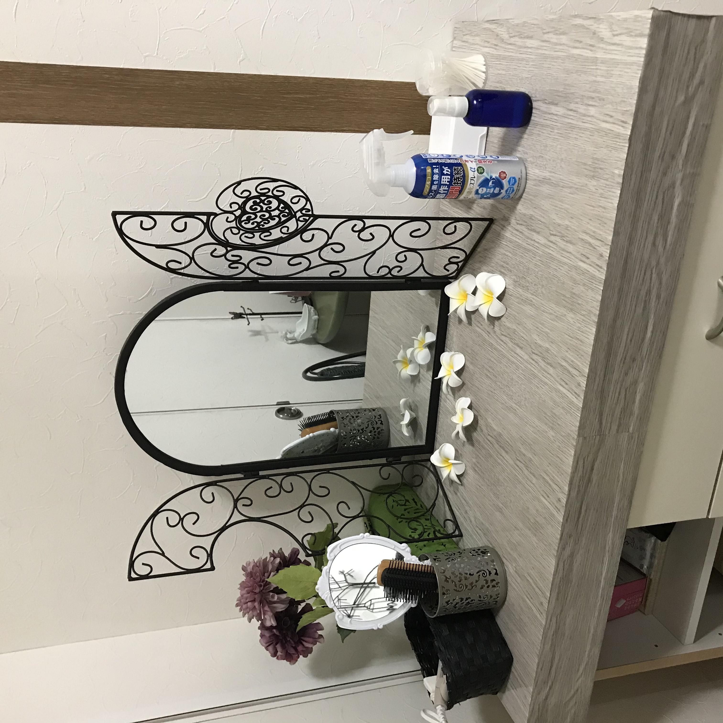 化粧台 - フェアリーガーデン花時計 マッサージサロンスペースの設備の写真
