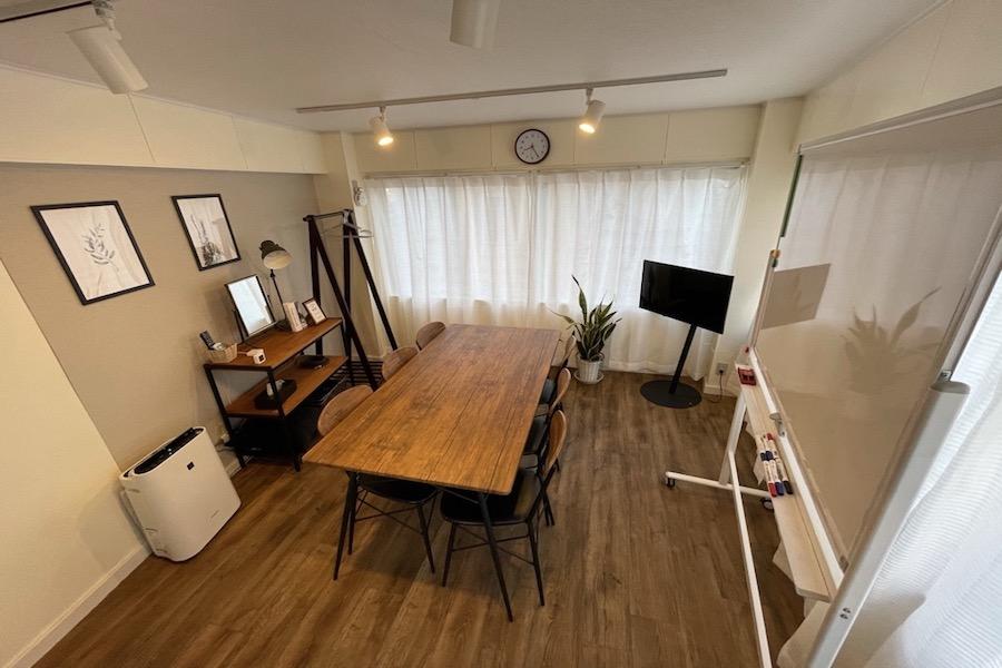 代々木駅2分!おしゃれで清潔なスペースです - 【forspace代々木Ⅱ】 多目的スペース(4F)の室内の写真