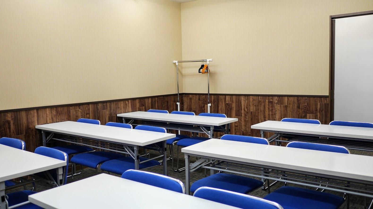 Natuluck茅場町 新館 中会議室(4階)の室内の写真