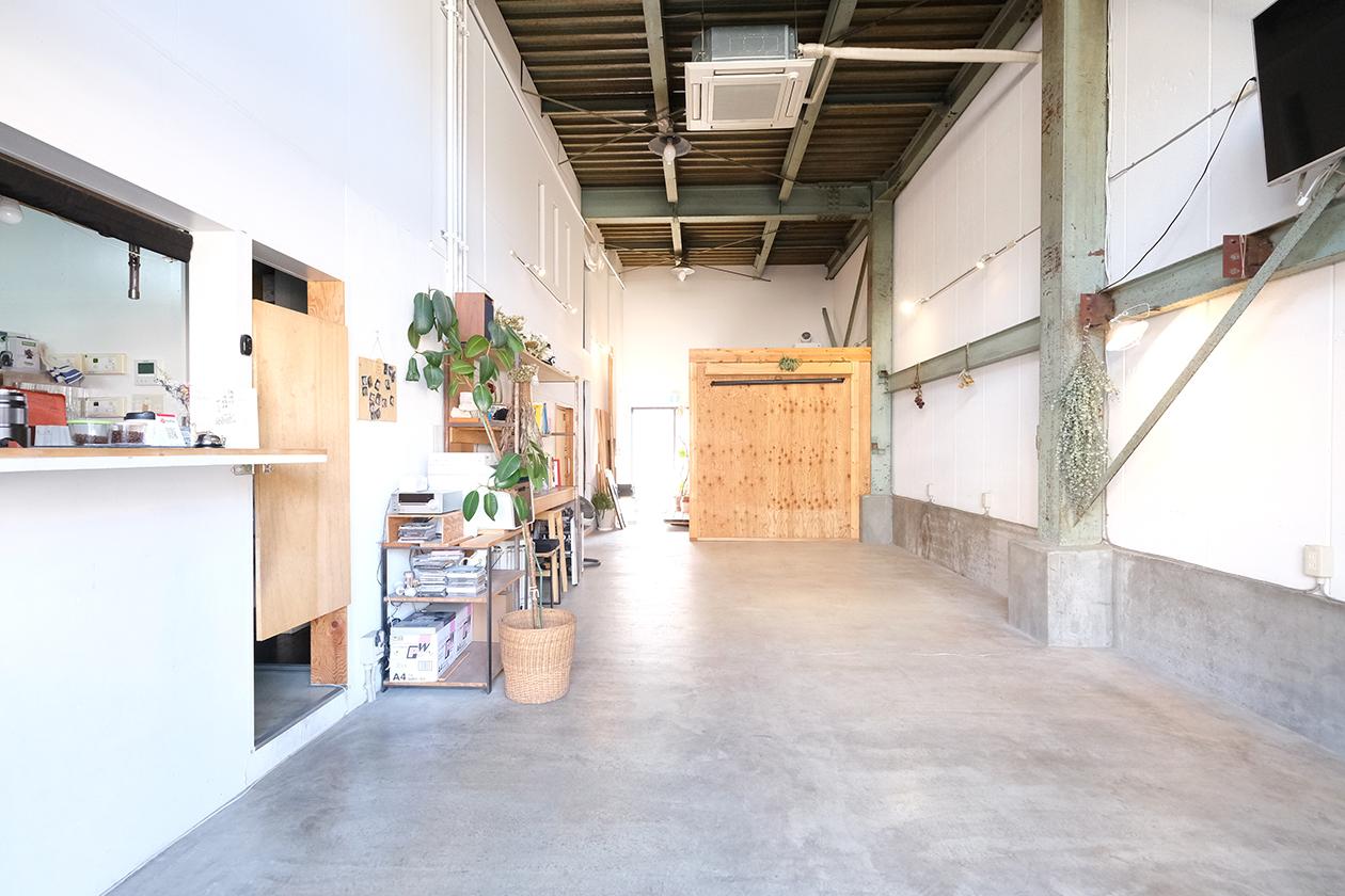 フラットなスペースで大型商品撮影も可能。 - スタジオヒュッテ N4 STUDIO 1Fの室内の写真