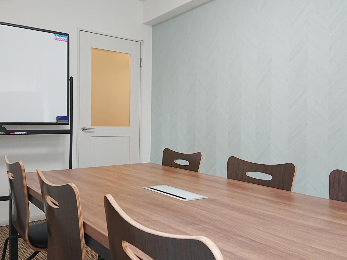 おしゃれなカフェ風スペースです - スカイメナー横浜 スカイメナー408の室内の写真