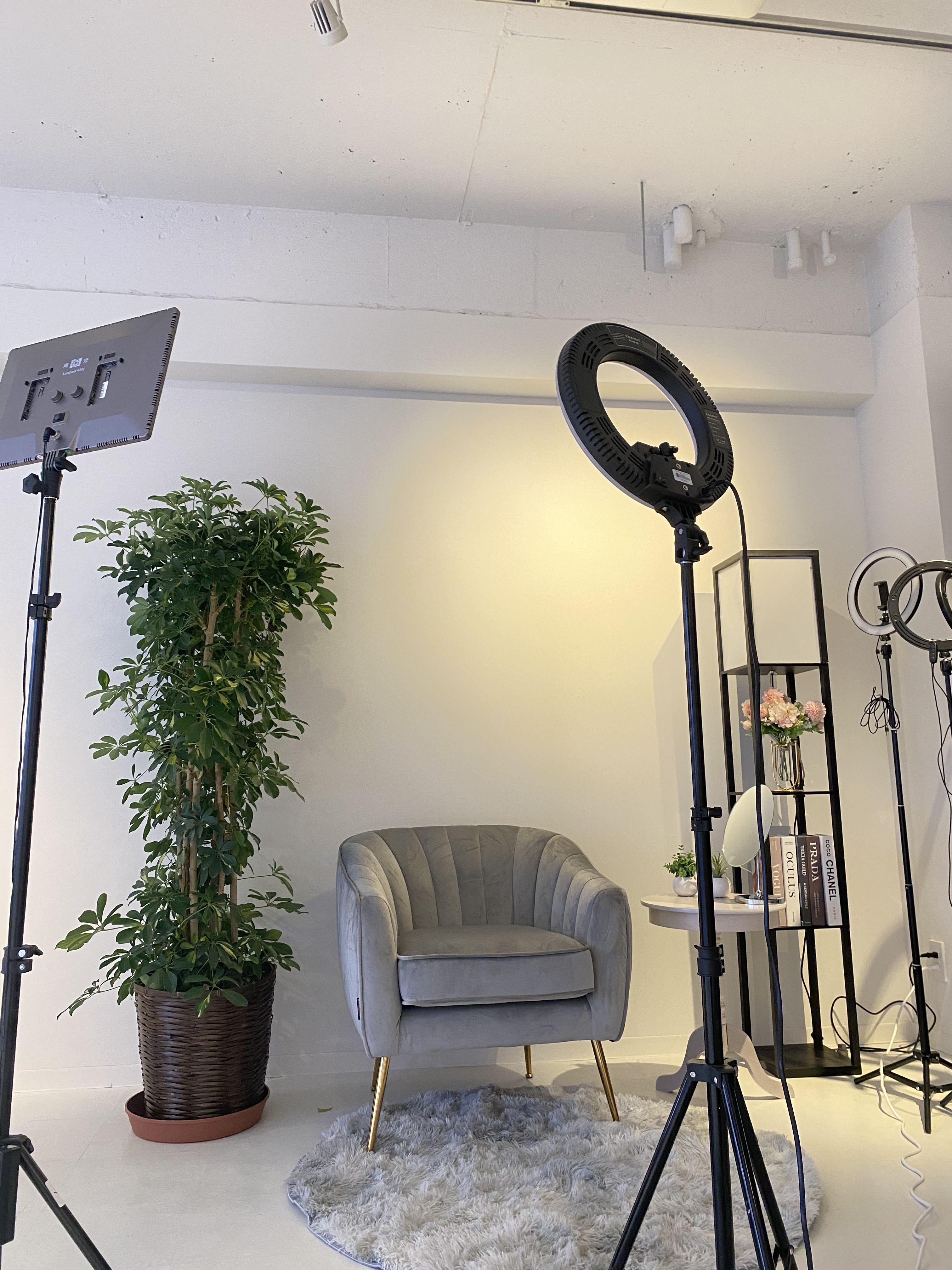 女の子ぽいモダンな雰囲気で撮影も可能! - KIRKE(キルケ)スタジオ 個人撮影、料理撮影、会議室の室内の写真