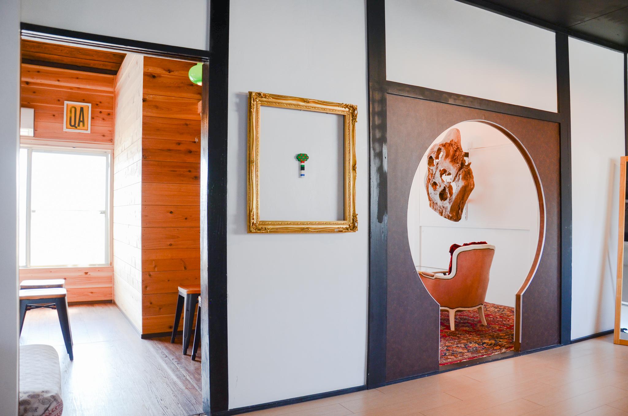 全室貸切となります。 (コテージルーム+キーホールルーム+キッチン+トイレ) - チルチルミチル WHOLE ROOMの室内の写真
