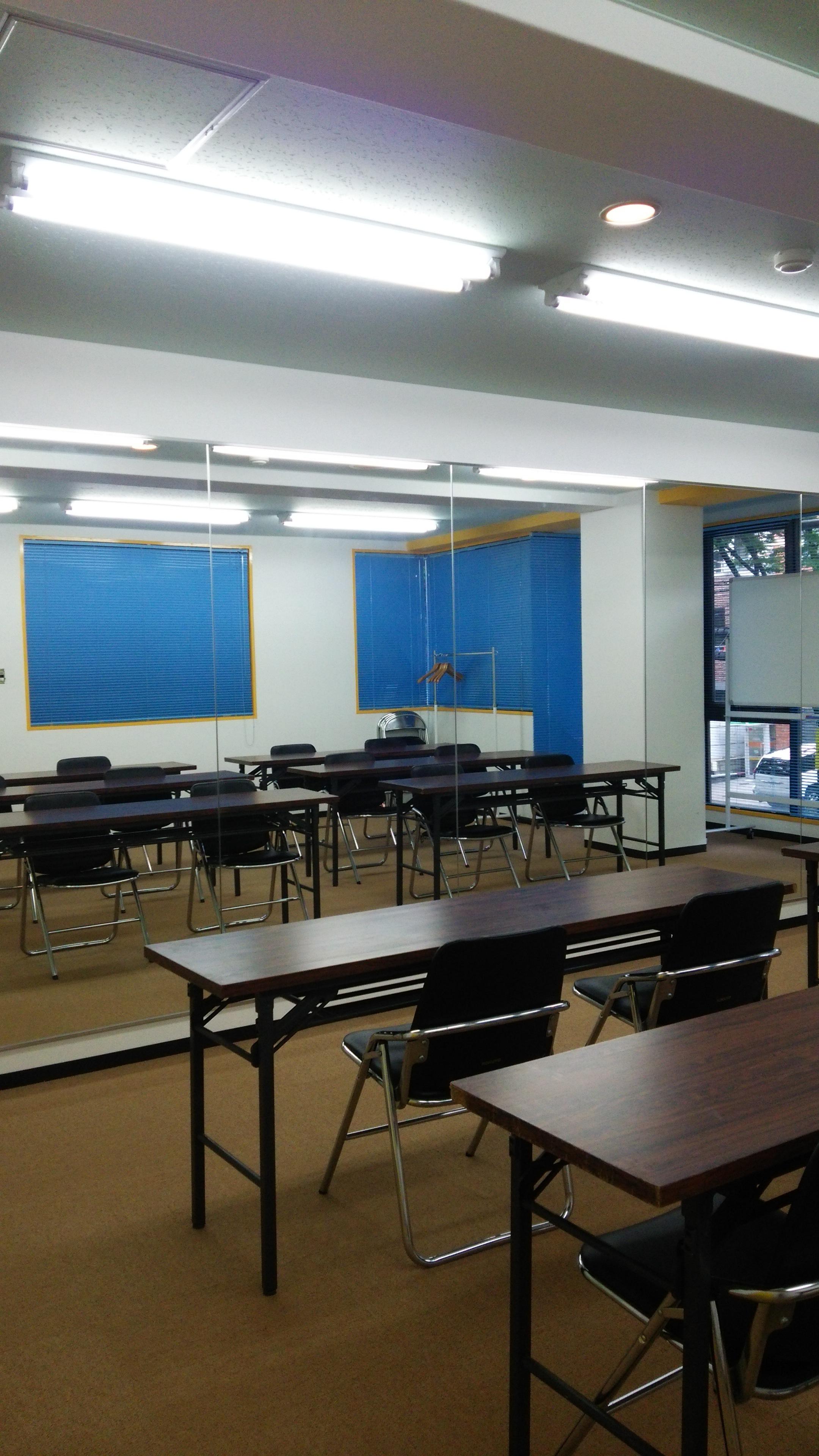福岡大橋レンタルスタジオ スペース203の室内の写真