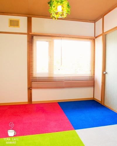 札幌 カフェスペースはなれ 2F ミーティングルームの室内の写真
