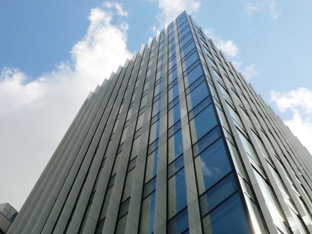 大阪会議室 鐵鋼會館 1号会議室(11階)の外観の写真