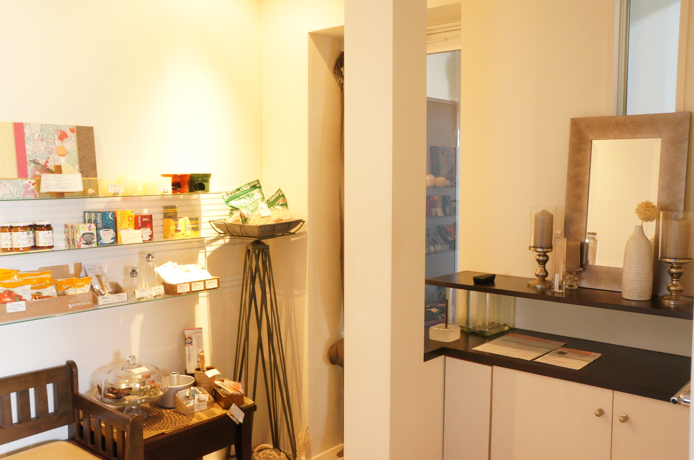 花ビル 201 レンタルキッチン 多目的スペースの室内の写真