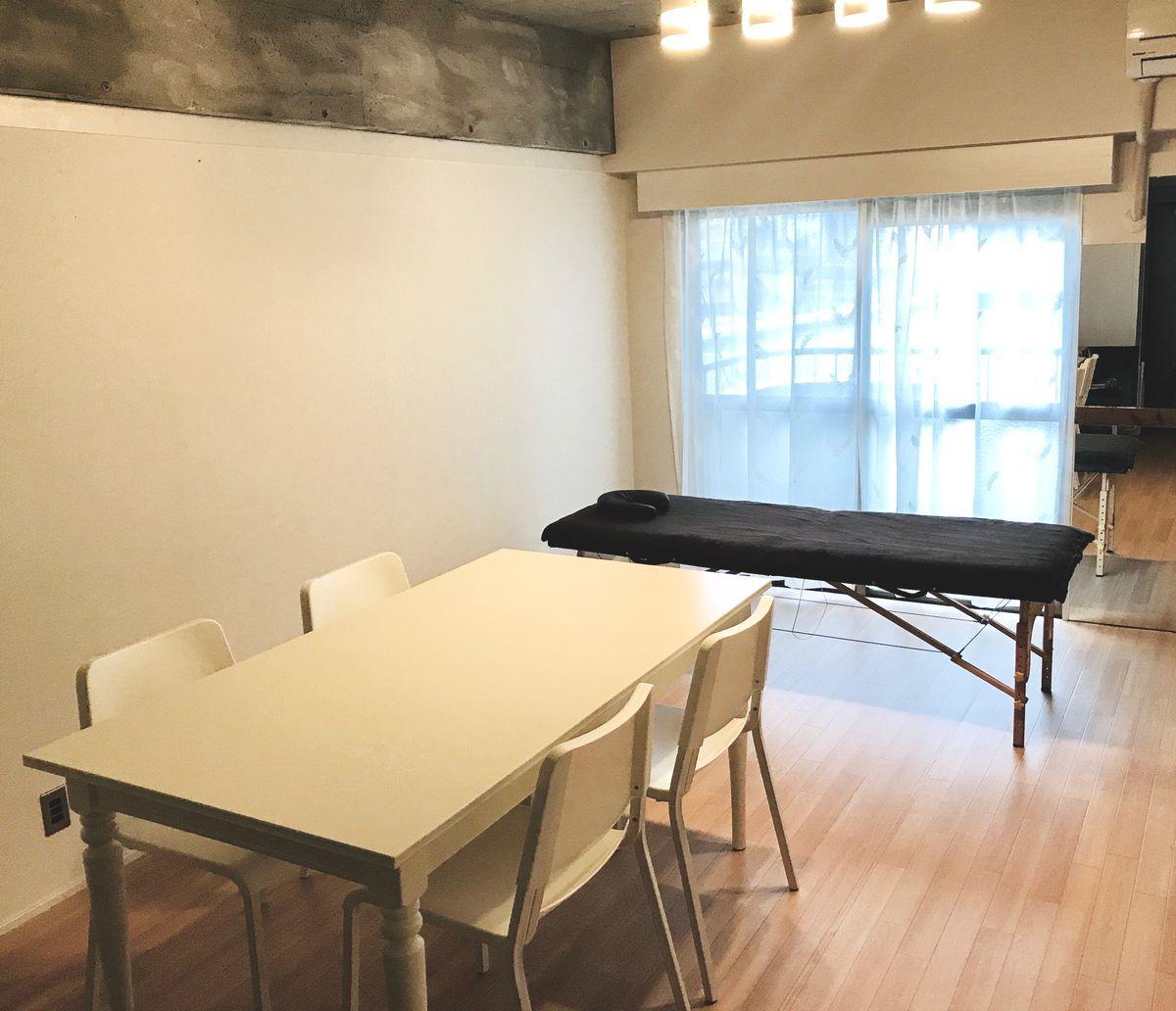 サロンrukka レンタルサロン、貸し会議室の室内の写真