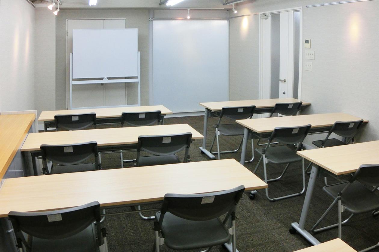 南森町レンタル会議室『シェア・ファーム』 土日・祝日プランの室内の写真