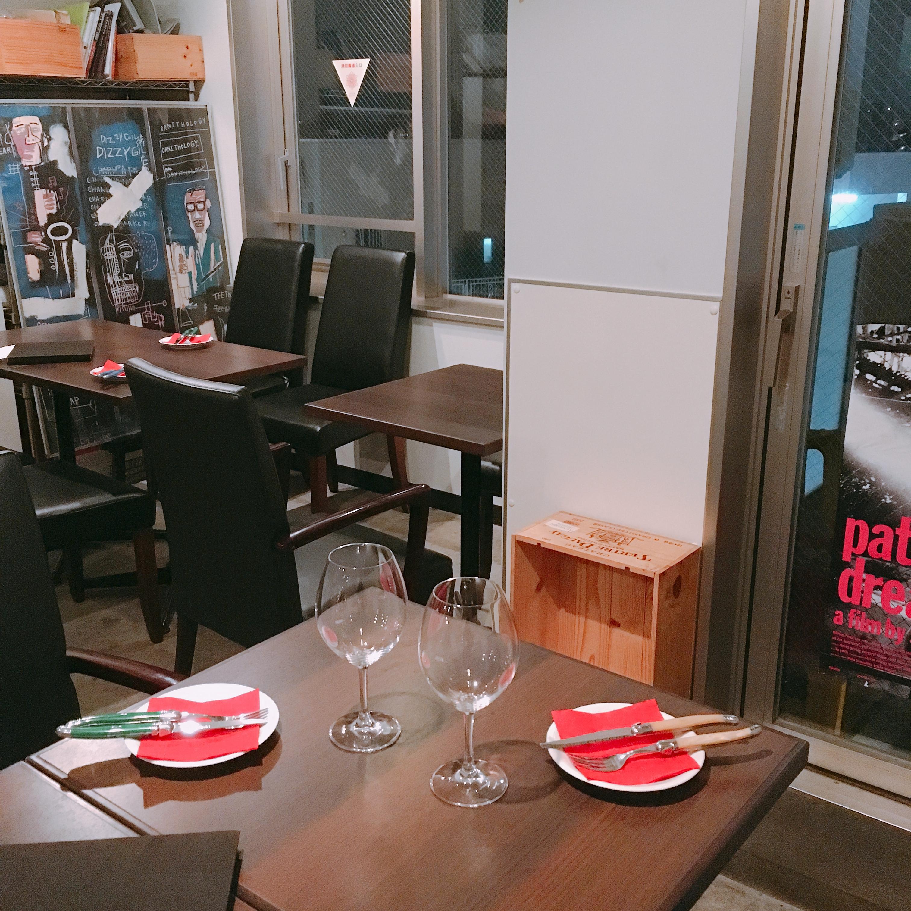 下北沢 cinq イベントスペースの室内の写真
