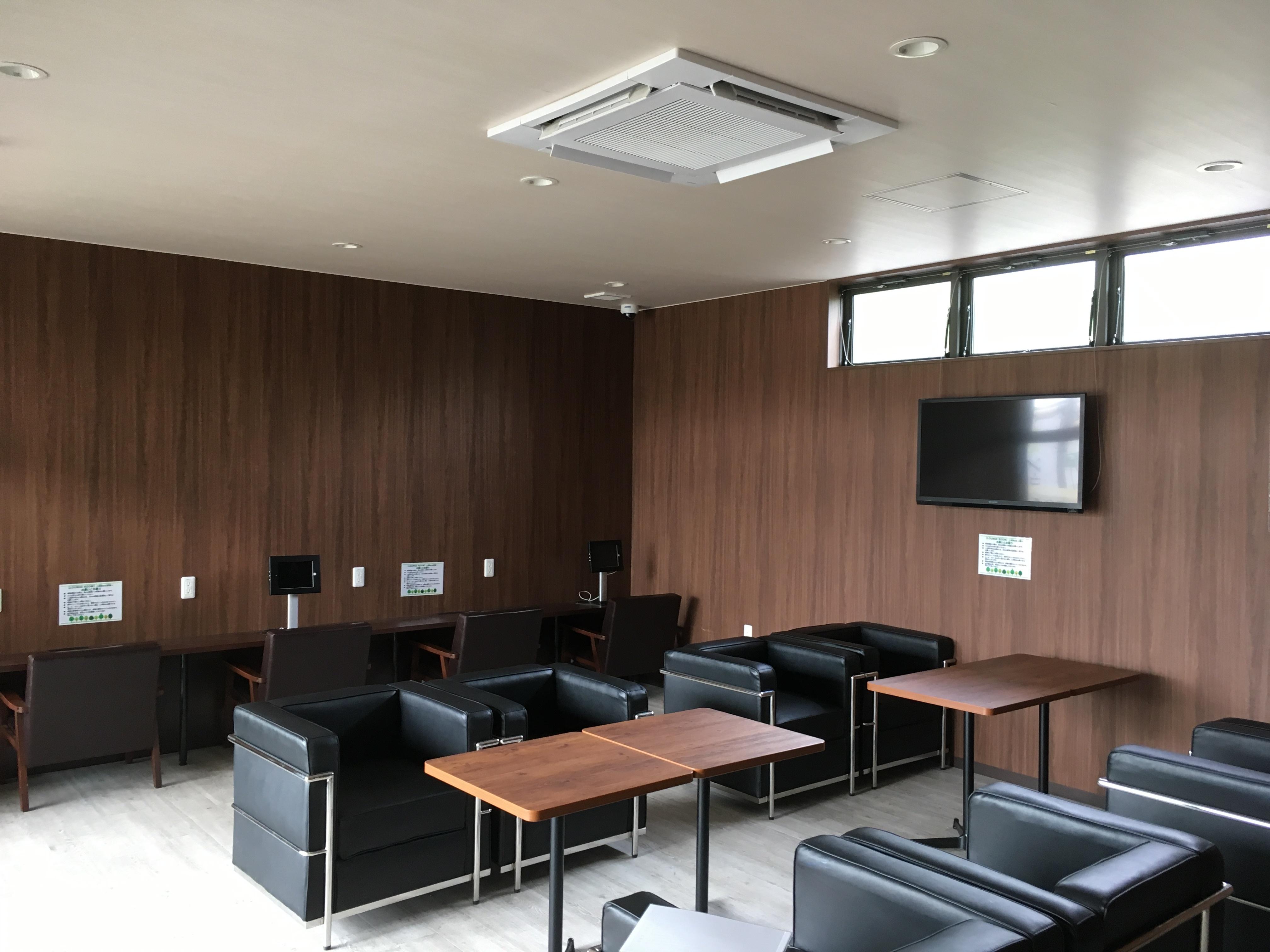 ランドリーガーデンicott 格安多目的スペースの室内の写真