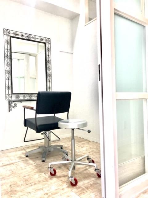 レンタルサロン Diviser  24時間 完全個室 サロンの室内の写真