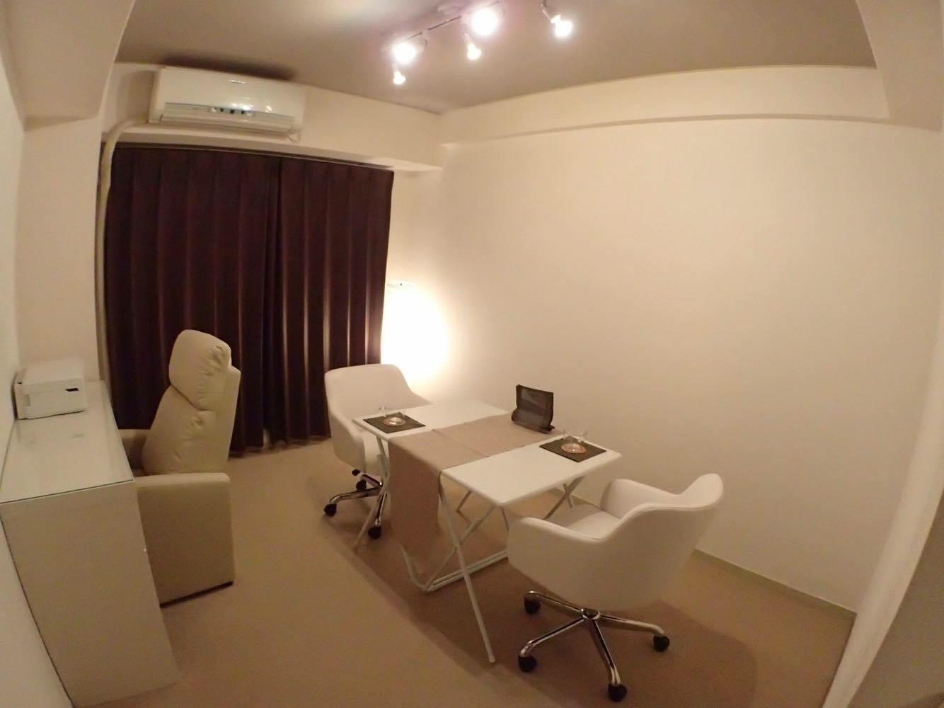 シェアサロン aso-viva! サロンスペースの室内の写真